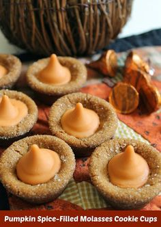 Molasses Cookie Recipe: Pumpkin Spice-Filled Molasses Cookie Cups #HersheysHalloween http://viewsfromtheville.com/2013/10/18/pumpkin-spice-molasses-cookie-recipe/