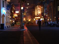 Disneyland. Disney California Adventure Park. Hollywood Pictures Backlot. 11-7-07