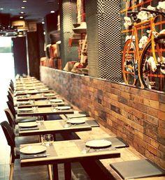 10 leuke restaurants in Valencia - Uit Pauline's Keuken Valencia Restaurant, Restaurant Bar, Vietnamese Restaurant, Cafe Bistro, Mandarin Oriental, London Eye, Gaudi, Banquettes, Places To Visit