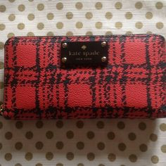 """***HP Weekend Chic***Unique Kate Spade! Beautiful & stylish wallet that retails for much more! Lots of room & card holder spaces. Feels light in the hand...won't add tons of weight to your purse. 8"""" X 4"""" kate spade Bags"""