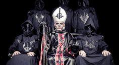 Los Santos Padres, que de santos no tenían nada y la pornocracia en la historia