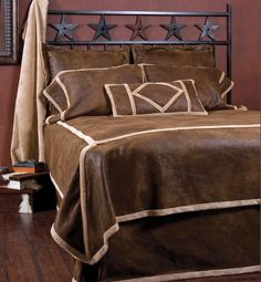 Western Bedroom Decor, If you have pride in the American ancestors of the Wild West then you will look to have Western bedroom decor. Western bedroom decor can be easily accomplished by acquiring dif Country Bedding Sets, Rustic Bedding Sets, Western Bedding Sets, Western Bedroom Decor, Western Bedrooms, Bedroom Country, Country Decor, Country Style, Twin Size Bed Sets