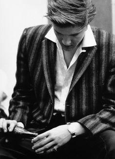 Elvis Presley, elvis i-love-music Young Elvis, Elvis Presley Photos, I Love Music, Thats The Way, Love Is Free, Graceland, Lisa Marie Presley, Old Hollywood, Beautiful Men