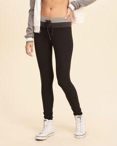 https://www.hollisterco.com/shop/us/girls-leggings-bottoms/hollister-cali-sport-colorblock-fleece-legging-8295761_01?ofp=true