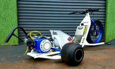 Trike Scooter, Trike Motorcycle, Go Kart Frame Plans, Bike Drift, Drift Trike Motorized, Go Kart Parts, Mini Chopper, Custom Trikes, Karts
