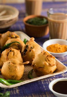 Batata vada is very popular Mumbai snack, which is sold probably in each locality of the city, and most areas have their favorite vendor who sells this fantastic vada. It is one of India's very own fast food who can…