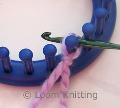 Loom Knitting: Crochet Cast On .......... Para urdir en telar redondo usando un crochet.