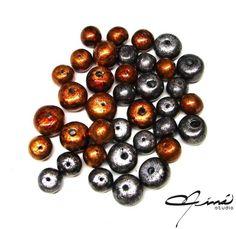 Spacers Beads | Flickr - Photo Sharing! #beads #cuentas #polymerclay #arcillapolimérica #red #rojo #brown #marrón #negro #black #designersvenezuela #DiseñoVenezolano #VenezuelanDesign #handmade #hechoamano