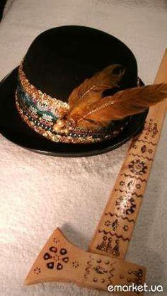 """Hutsul hat and"""" topirets' """""""