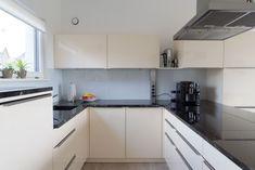 Küchen Design, House Design, Kitchen Cabinets, Home Decor, Design For Home, Decoration Home, Room Decor, Cabinets, Architecture Design
