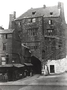 Black Gate Newcastle upon Tyne Unknown 1863 Uk Photos, Europe Photos, Newcastle Gateshead, Victorian Street, Local History, Family History, Old Street, Victorian Architecture, Old London
