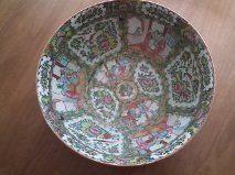 RARE ANTIQUE CHINESE EXPORT PORCELAIN ROSE MEDALLION PUNCH BOWL