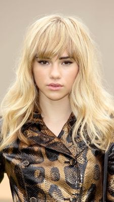 Long, layered, medium or wavy – we're sharing our favorite hairstyles of 2013 with a new 'do each da