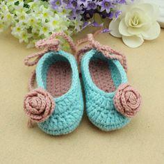 handmade Crochet Baby Booties / baby shoes soft  aby от rosetan, $9.99