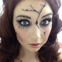 Are you looking for inspiration for your Halloween make-up? Browse around this website for cute Halloween makeup looks. Broken Doll Costume, Creepy Doll Costume, Creepy Doll Makeup, Broken Doll Makeup, Cracked Doll Makeup, Creepy Halloween Costumes, Scary Dolls, Marionette Costume, Costume Makeup