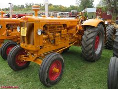 TractorData.com Minneapolis-Moline GB tractor photos information Antique Tractors, Vintage Tractors, Tractor Photos, Minneapolis Moline, Classic Cartoons, History Photos, Farming, Beats, Muscle