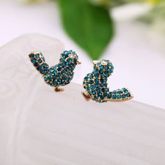 New Fashion Crystal Accessories Resin Alloy Bird Earrings Looks Style, Style Me, Cute Wedding Dress, Fab Shoes, Fashion Beauty, Womens Fashion, Cowgirl Style, Playing Dress Up, Jewelery