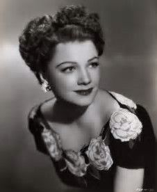 Enjoy the best Anne Baxter Quotes at HeightCelebs. Anne Baxter said: It's best to have failure happen early in life. Anne Baxter, Old Hollywood Glamour, Vintage Hollywood, Hollywood Stars, Classic Hollywood, Hollywood Actresses, Actors & Actresses, New York City, Divas