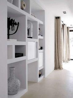 Idee pareti soggiorno in cartongesso - Parete con vani a giorno