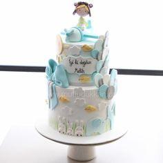 Fly fly #mutludukkan #sekerhamuru #butikpasta #sugarart Baby Birthday Cakes, Sugar Paste, Cakes For Boys, 1st Birthdays, Girl Cakes, Fondant Cakes, Baby Shower, Baking, Instagram Posts