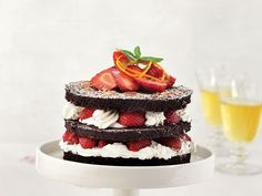Deserts, Strawberry, Appetizers, Cookies, Cake Ideas, Food, Crack Crackers, Appetizer, Biscuits
