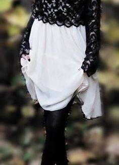 Kup mój przedmiot na #vintedpl http://www.vinted.pl/damska-odziez/sukienki-wieczorowe/11664429-kremowo-czarna-sukienka