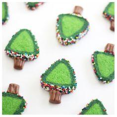Sprinkle Bakes: Sprinkle Christmas Tree Cookies