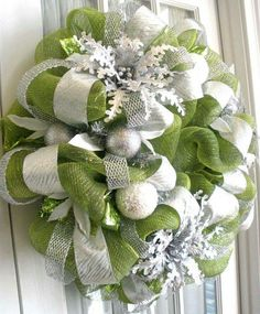 Sophisticated wreath