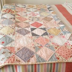 Time to dig out the quilts and blankets 😊 quilt patchwork cosynights Quilt Baby, Baby Girl Quilts, Girls Quilts, Baby Quilt For Girls, Patchwork Blanket, Patchwork Quilting, Scrappy Quilts, Easy Quilts, Crazy Quilting