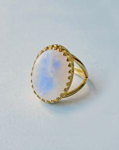 Luna Moonstone Ring