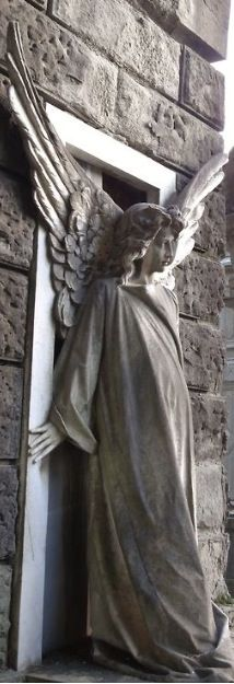 Beautiful Angel - Forever the guardian. I find these statues so noble Cemetery Angels, Cemetery Statues, Cemetery Art, Angels Among Us, Angels And Demons, Statue Ange, Old Cemeteries, Graveyards, I Believe In Angels