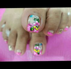Uñas Pretty Toe Nails, Cute Toe Nails, Cute Nail Art, Cute Pedicure Designs, Toe Nail Designs, Toe Nail Color, Nail Colors, Summer Toe Designs, Cute Pedicures