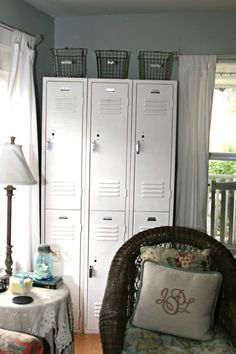 {Friday Favorites} Vintage Locker Goodness | Little House of Four: {Friday Favorites} Vintage Locker Goodness