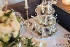 Cake pops #bride #groom #style #wedding #candies