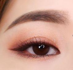 * No ahorres gratis ok! * No ahorres gratis ¡ok! * No ahorres gratis ¡ok! Makeup Trends, Makeup Inspo, Makeup Art, Makeup Inspiration, Beauty Makeup, Makeup Style, Korean Makeup Look, Asian Eye Makeup, Ulzzang Makeup