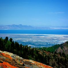 The Great Salt Lake as seen from Big Cottonwood Canyon. #Hike #View #lake #GreatSaltLake #VisitSaltLake #canyon