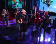 Dwight Yoakam brought bluegrass to CBS Television on The Late Show with the band with whom he recorded his latest album, Swimming Pools, Movie Stars.