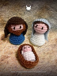 "Holy Family ( Jesus, Mary and Joseph) - Free Amigurumi Pattern - PDF File - Click ""Holly Family: Complete English pattern (pdf)"" in blue letters here: http://amigurumibypebie.blogspot.com.es/2014/11/nativity-set-i-jesus-mary-and-joseph.html"