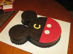 Simple-Mickey-Mouse-Birthday-Cake