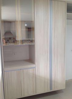Cozinha com vidro reflecta