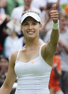 Canadian Tennis Player, Camila Giorgi, Eugenie Bouchard, Tennis World, Football Fans, Tennis Players, Famous People, Running, Beauty