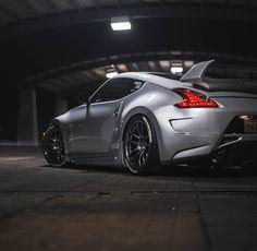 Love for Datsun, Nissan, & Infiniti vehicals Nissan 370z, 2015 Nissan Gtr, Nissan Z Cars, Tuner Cars, Jdm Cars, Street Racing Cars, Auto Racing, Drag Racing, Japanese Cars