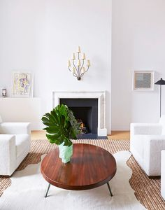 The 7 Furniture Arranging Mistakes Interior Designers Always Notice