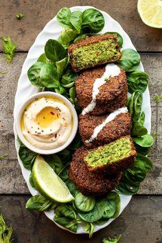 Falafels fèves et houmous - Magical Green Falafels - on fry pan/ or bake in the oven