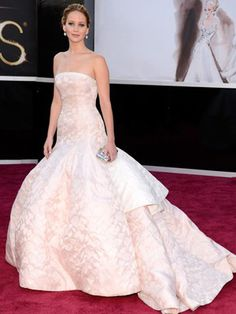 Jennifer Lawrence in Dior Couture at the Oscars 2013