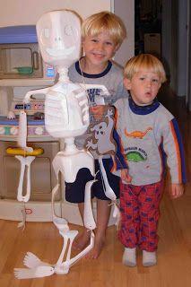 Crack of Dawn Crafts: Milk Jug Skeletons