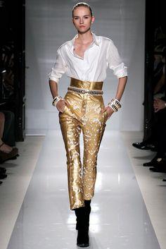 Balmain Spring 2012 Ready-to-Wear Fashion Show - Anabela Belikova (SILENT)