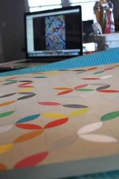 painted circles canvas from the pleated poppy blog