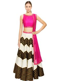 Shivani awasthi Look Collection - Explore Shivani awasthi Look Ideas, Styles at Limeroad.com