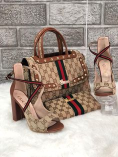 The 5 Most Searched for Designer Bags Gucci Handbags, Purses And Handbags, Gucci Bags, Gucci Fashion, Fashion Bags, Fashion Shoes, Designer Bags Online, Designer Shoes, Designer Purses